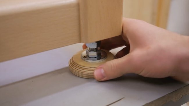 Регулируемые мебельные ножки своими руками