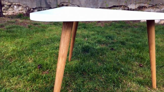 Треугольный кофейный столик своими руками, и способ выточить ножки на циркулярной пиле