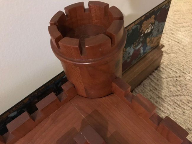 Журнальный столик  «Крепость»