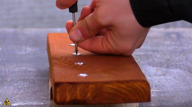 Магнитная подвесная ключница своими руками