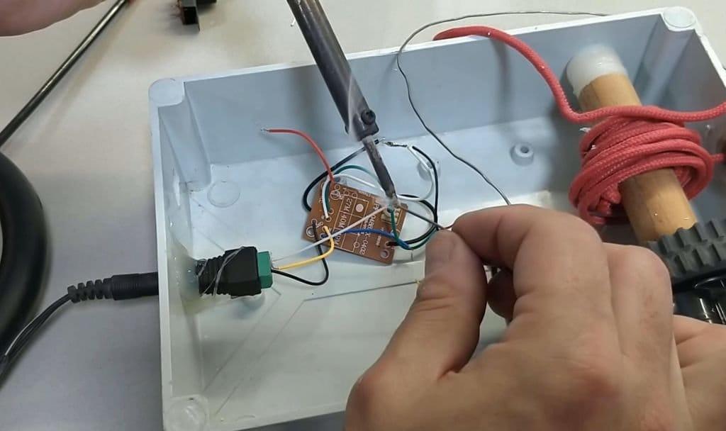 Подъемный кран с дистанционным управлением