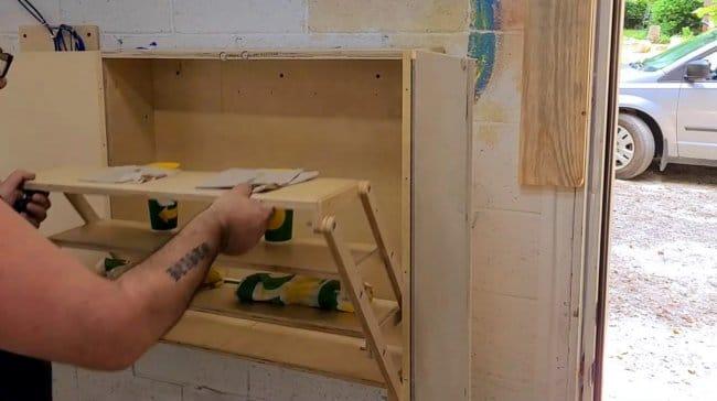 Шкафчик с полками-трансформерами своими руками