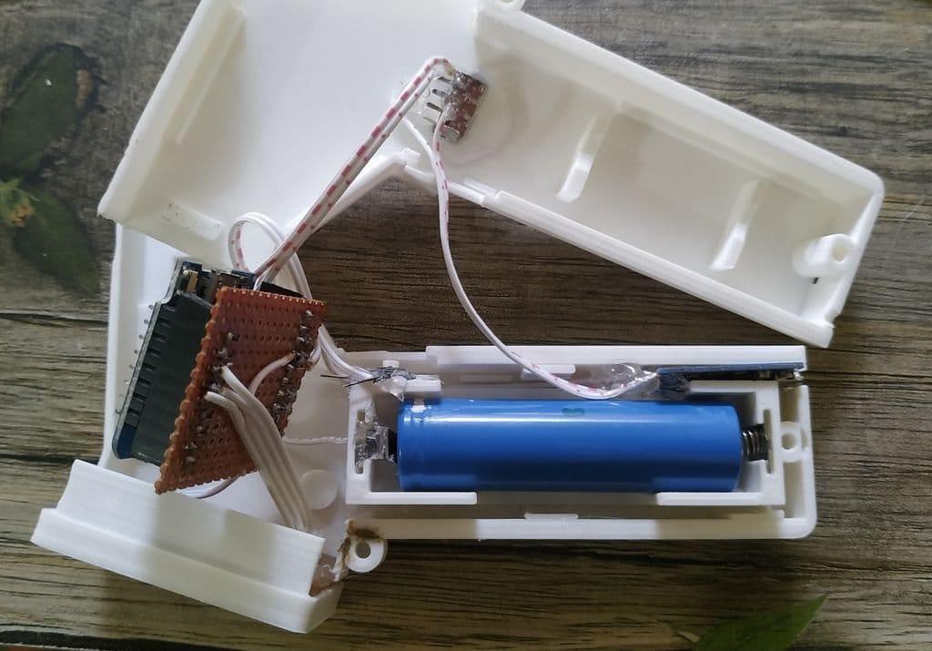 Бесконтактный термометр с передачей данных в облако