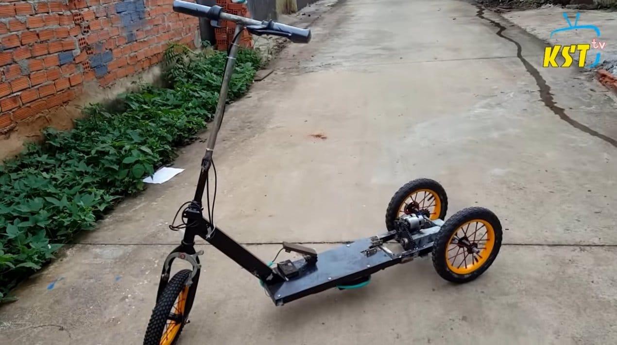 Электрический скутер с двумя моторами 775