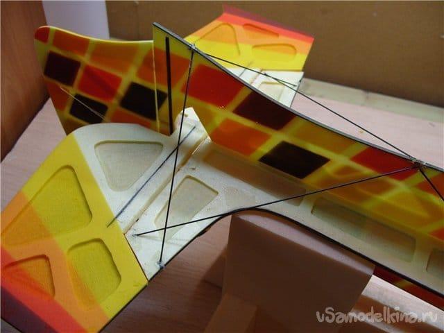 Модель самолета ЯК-55 для полетов в зале