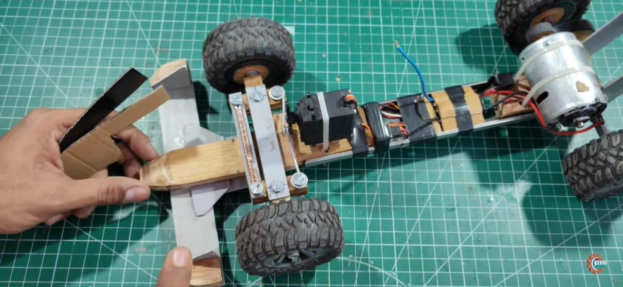 Радиоуправляемая модель гоночного автомобиля своими руками