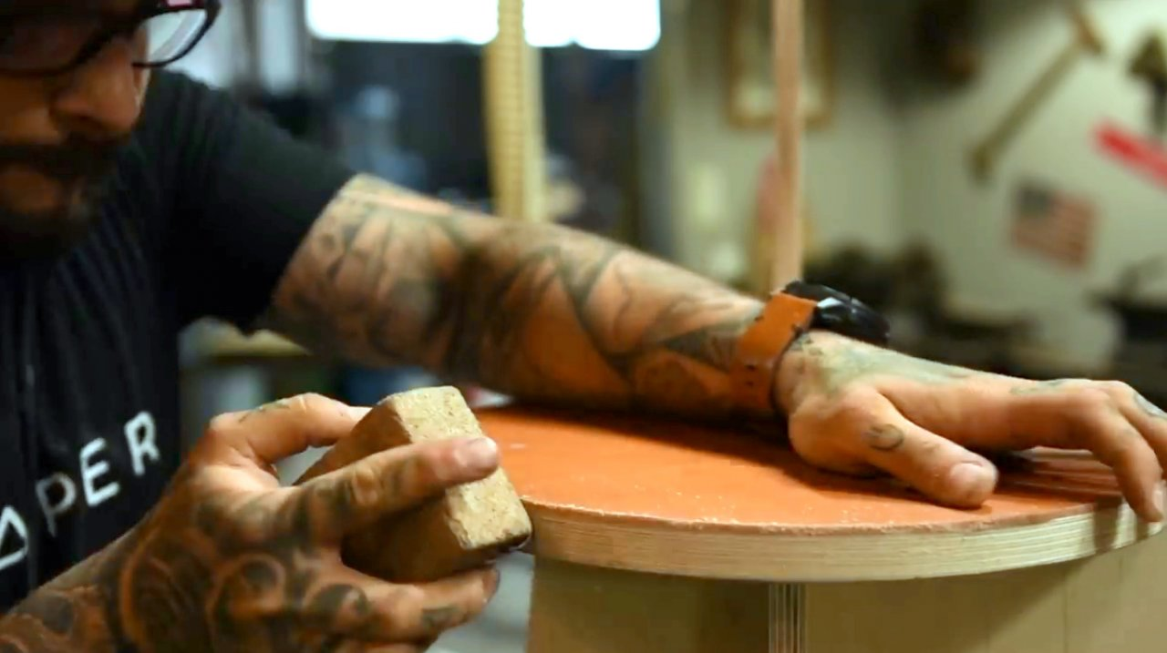Стул из кожи и фанеры своими руками