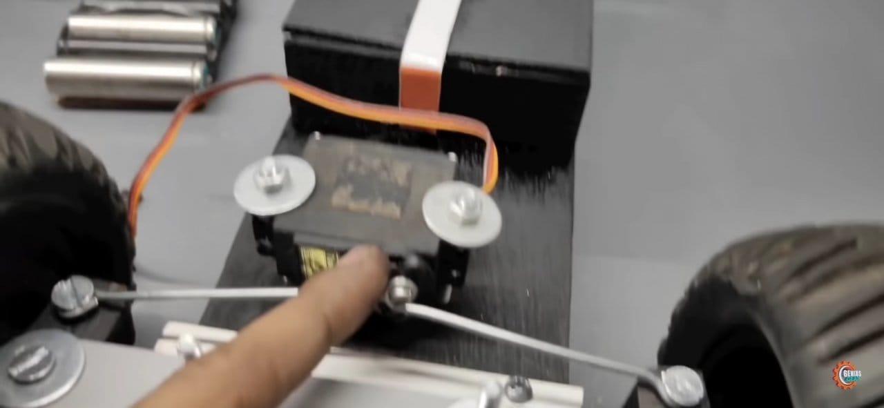Радиоуправляемая модель внедорожника в 1/10 масштабе своими руками