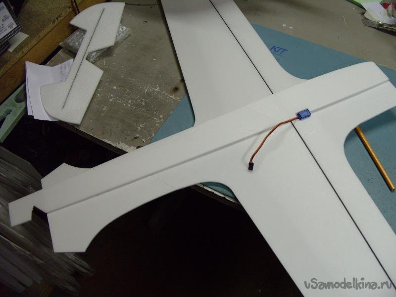 Первый «самолет-крестолет»
