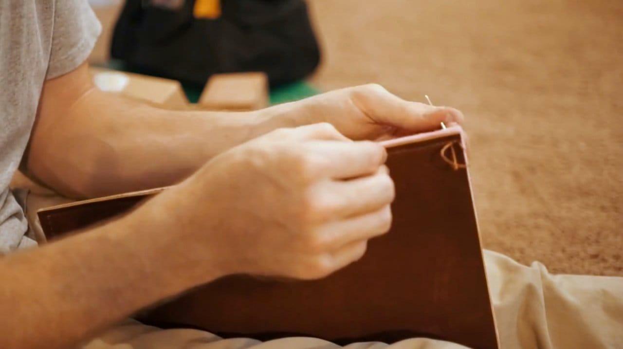Кожаный чехол для ноутбука своими руками