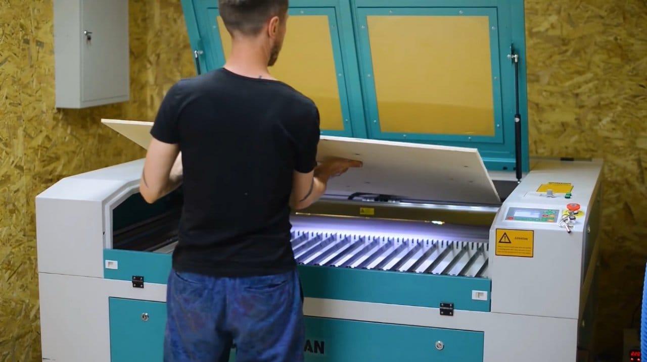 Комод с витражом из эпоксидной смолы + файлы для резки на лазерном станке