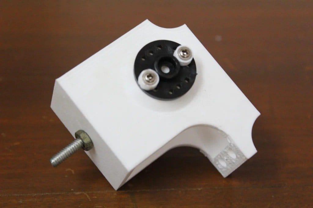 Четвероногий робот под управлением  Arduino