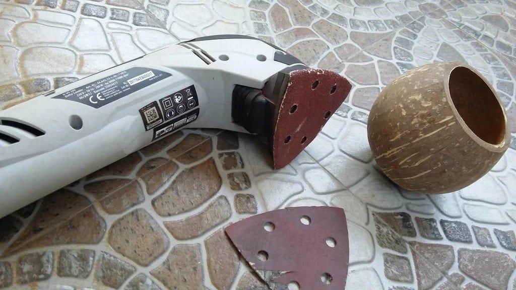 Светильник из кокоса
