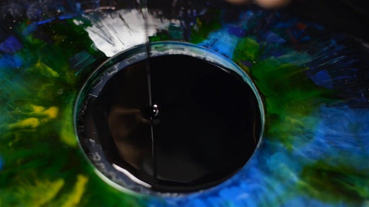 Стол-глаз из эпоксидной смолы
