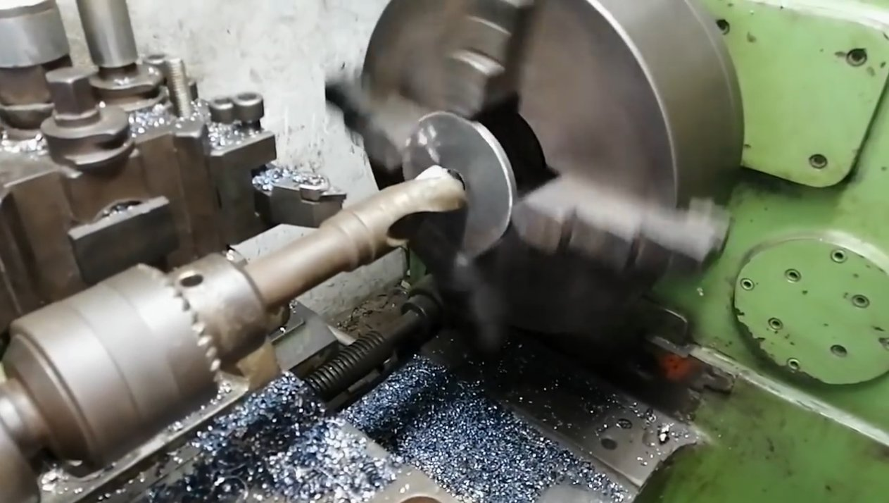 Моторизированная тележка в виде трайка