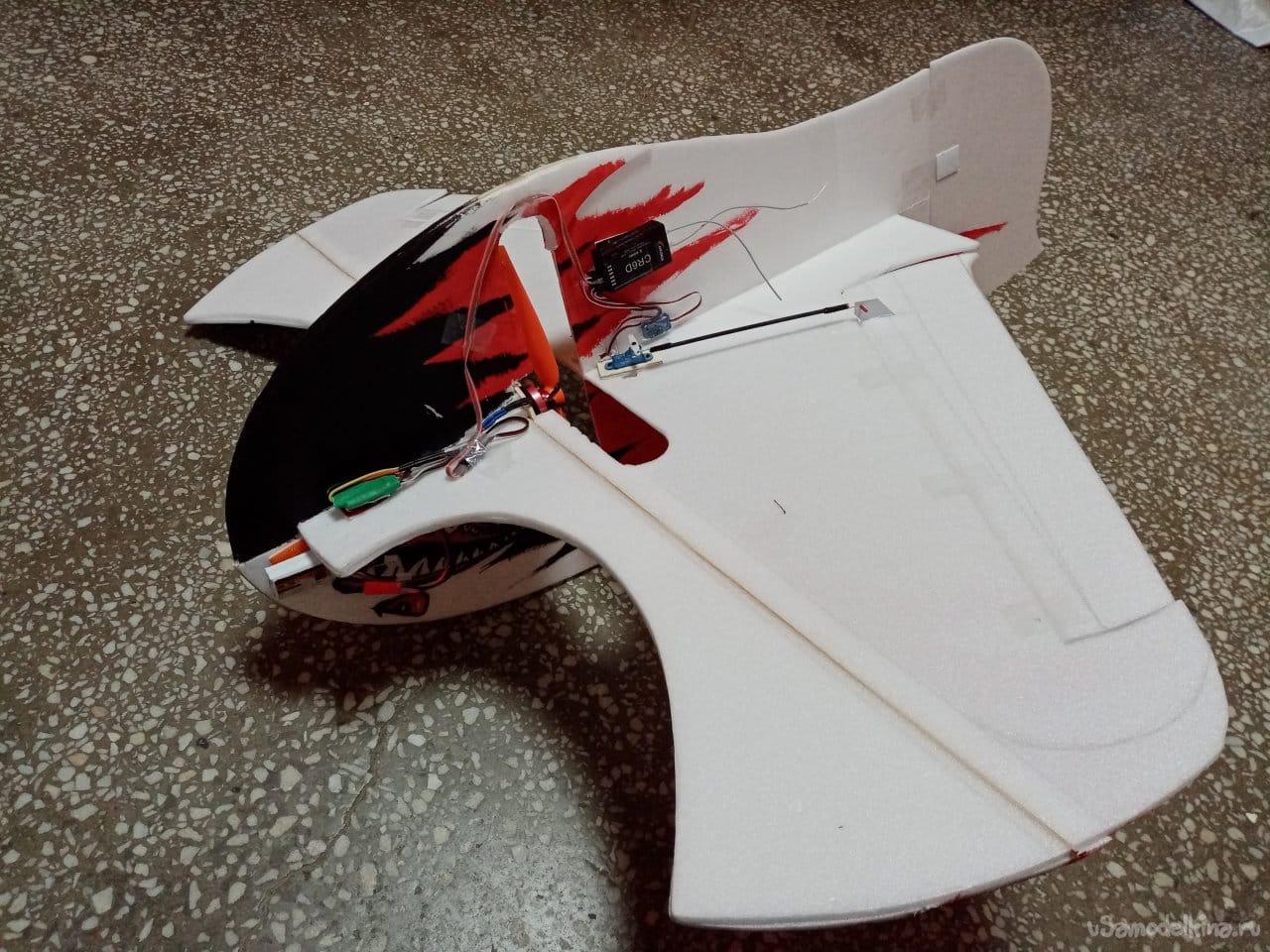 Авиамодель: Злое крылышко