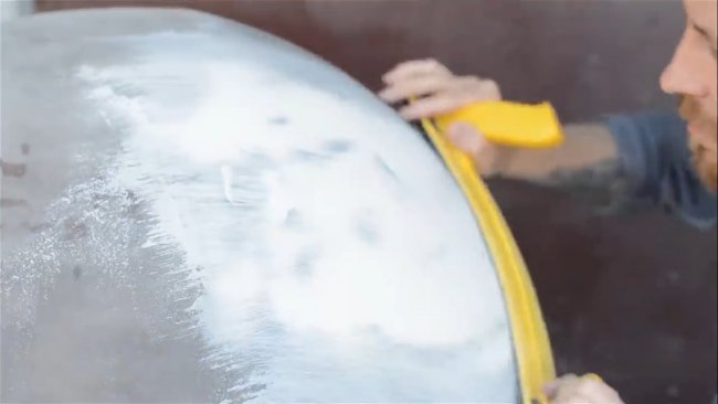 Стол-бомба с огромной диорамой