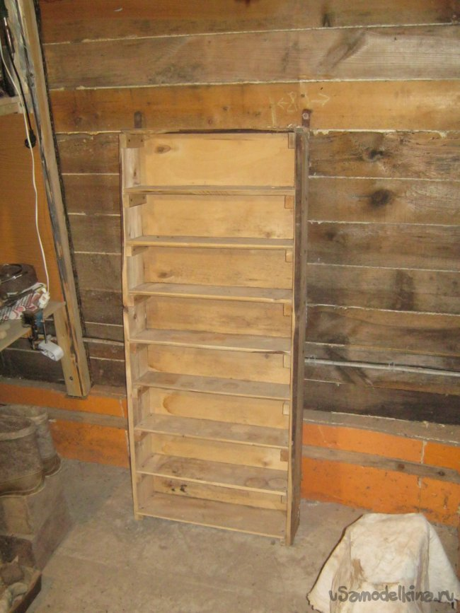 Самодельный шкаф-органайзер для витражной мастерской