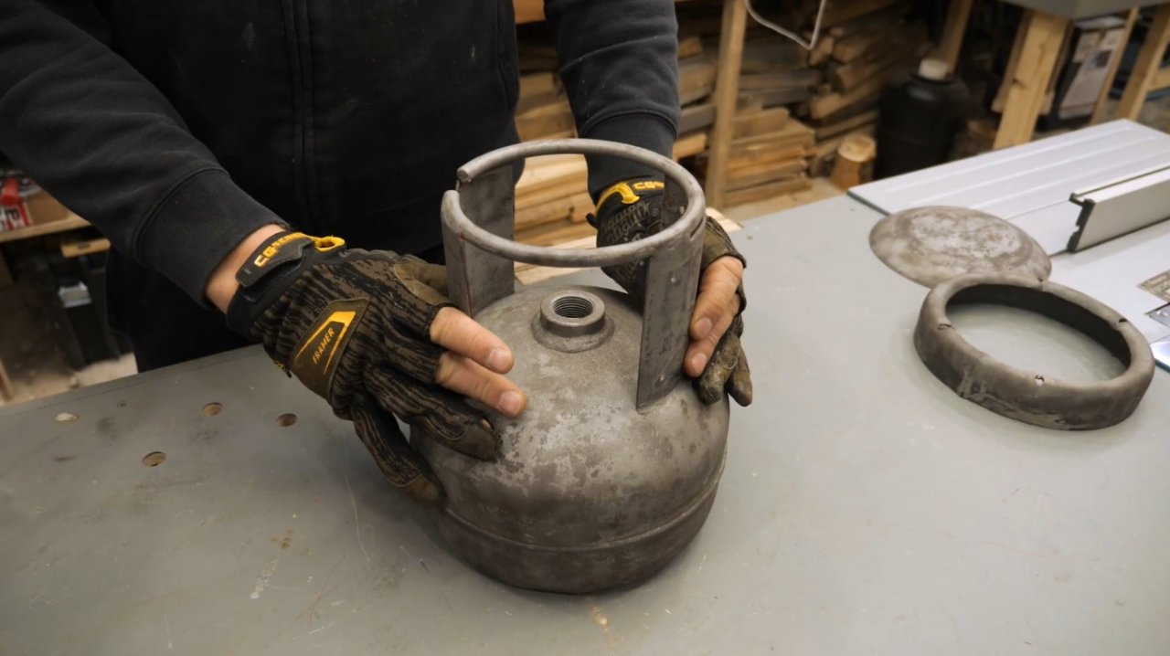 Как сделать переносную дровяную печь для чугунка