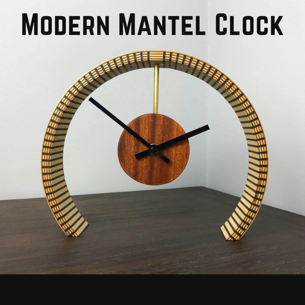 Часы со стойкой из фанеры