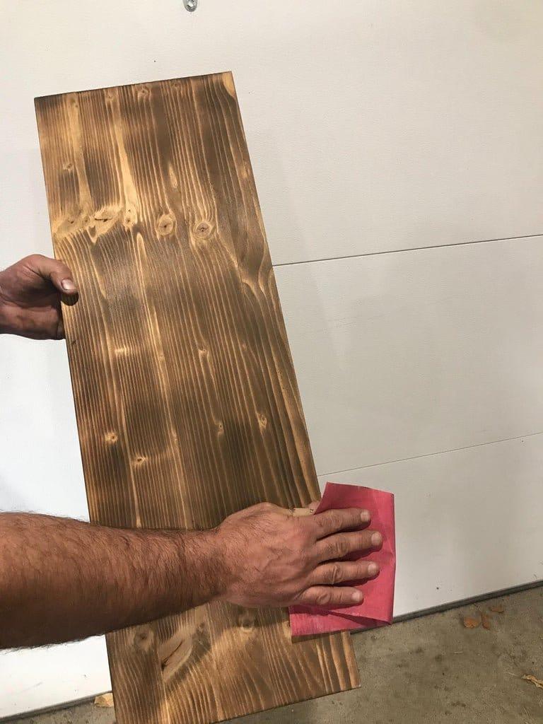 Полка в стиле «Лофт» из водопроводных труб и натуральной древесины