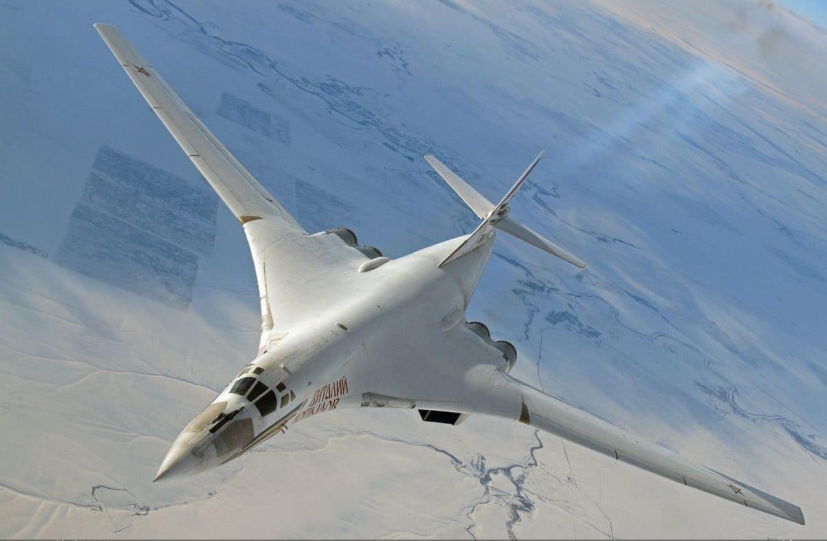 Модель самолёта с изменяемой геометрией крыла