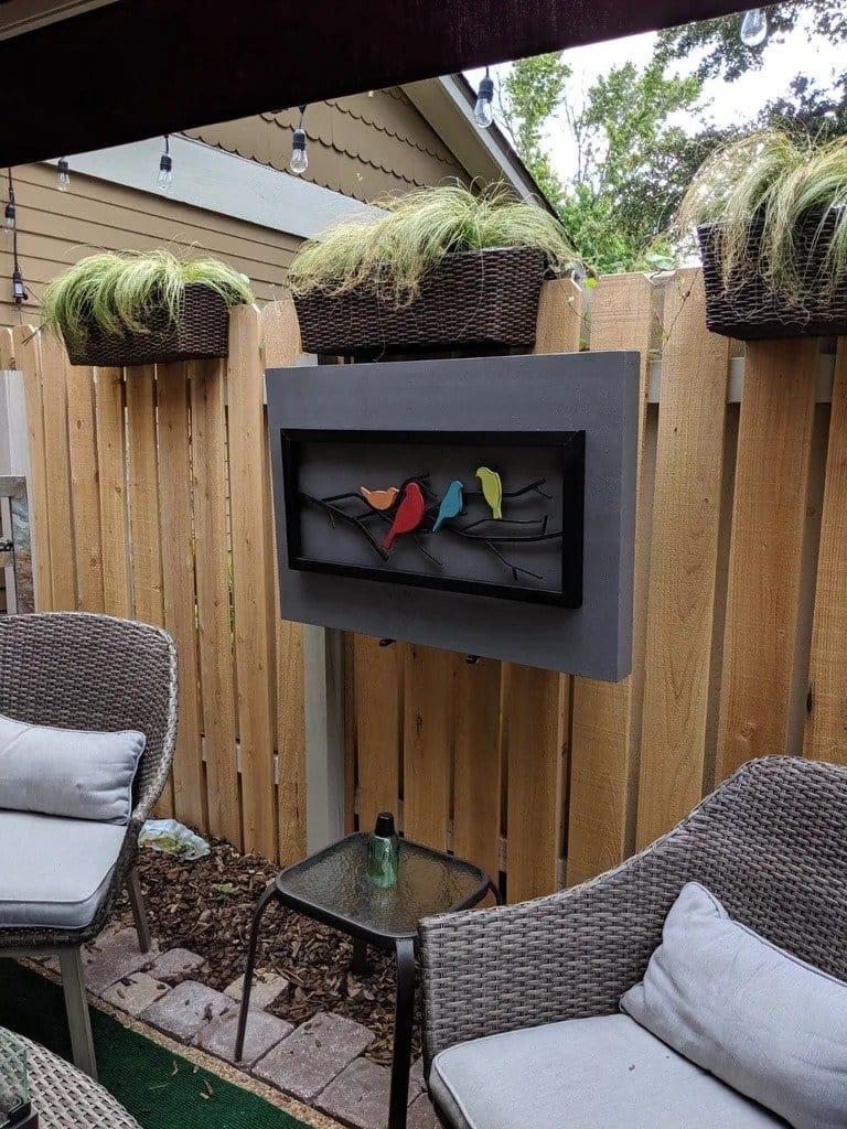 Как установить телевизор на улице