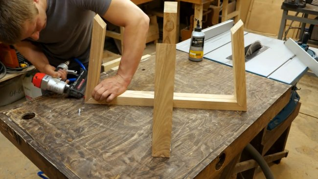 Как сделать детский стол с регулировкой высоты