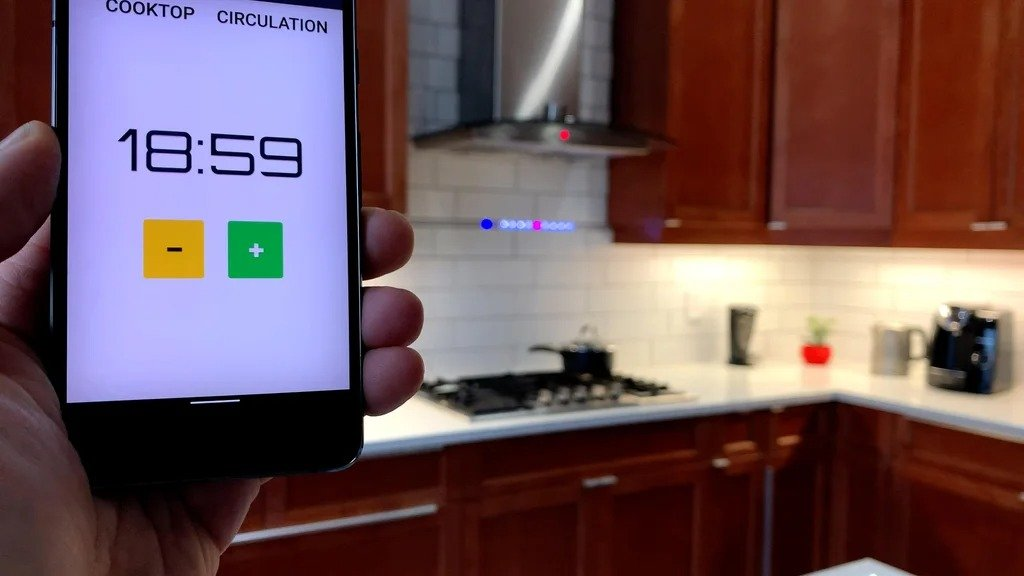 Информационная светодиодная панель интегрированная в домашнюю сеть