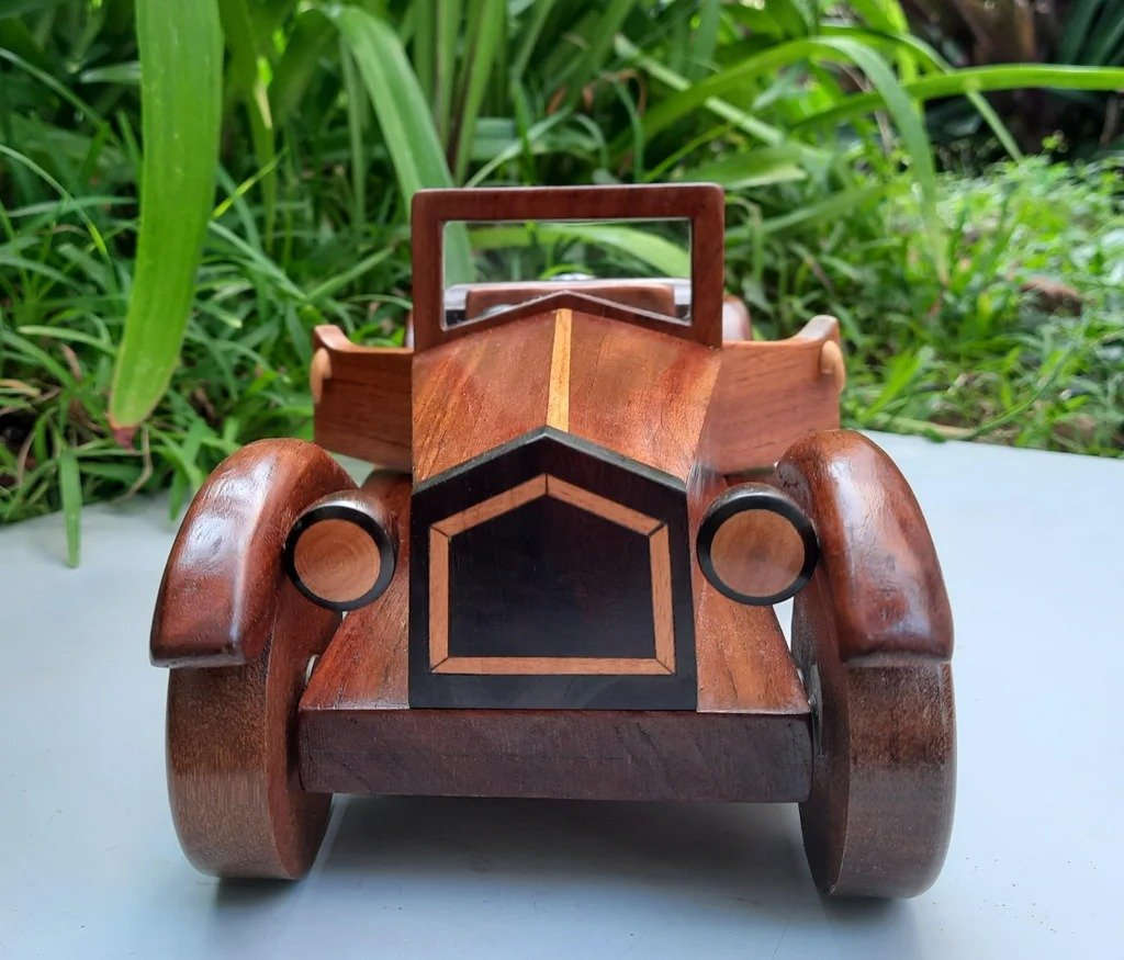 Как сделать деревянную Alfa Romeo модель 1928 года