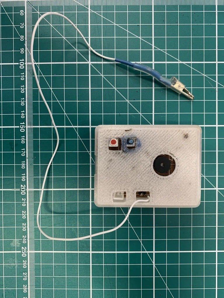 Тестер резистивных/емкостных датчиков (мягких датчиков электронного текстиля)