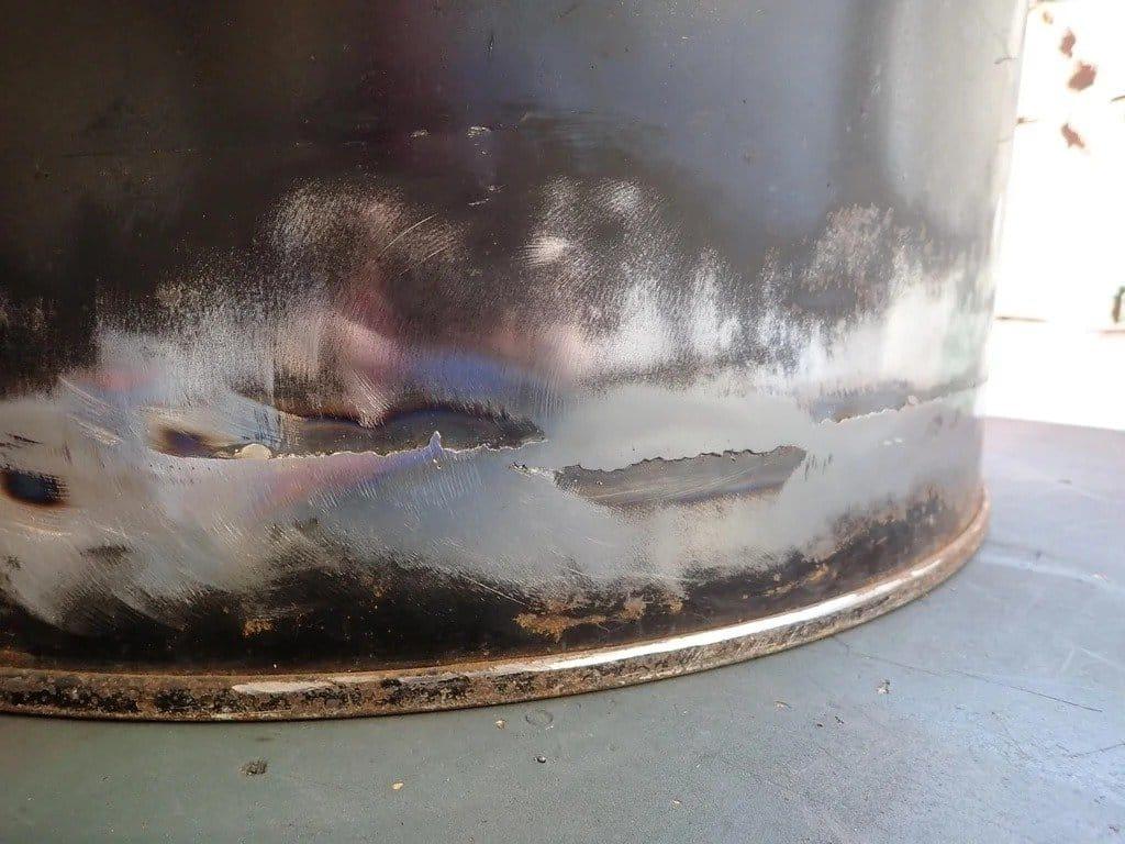 Очаг из металлической бочки