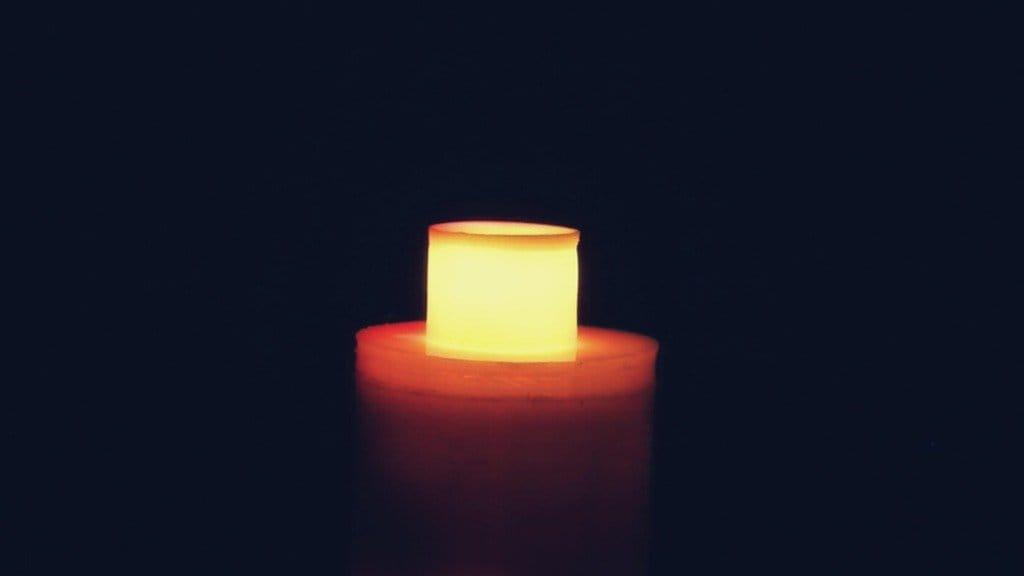 Светодиодная свеча зажигающаяся от спички