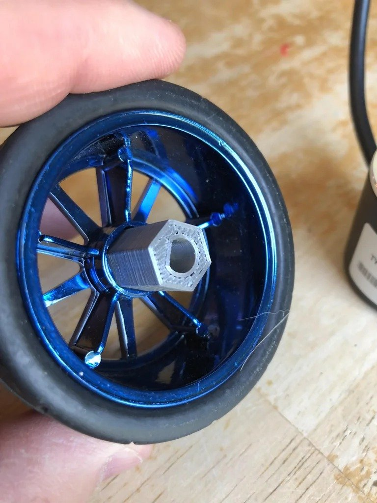 Электронная измерительная рулетка для торцовочной пилы