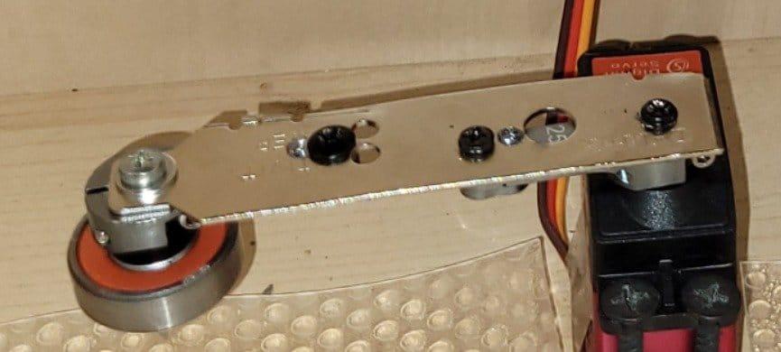 Система автоматического открывания мусорного ящика