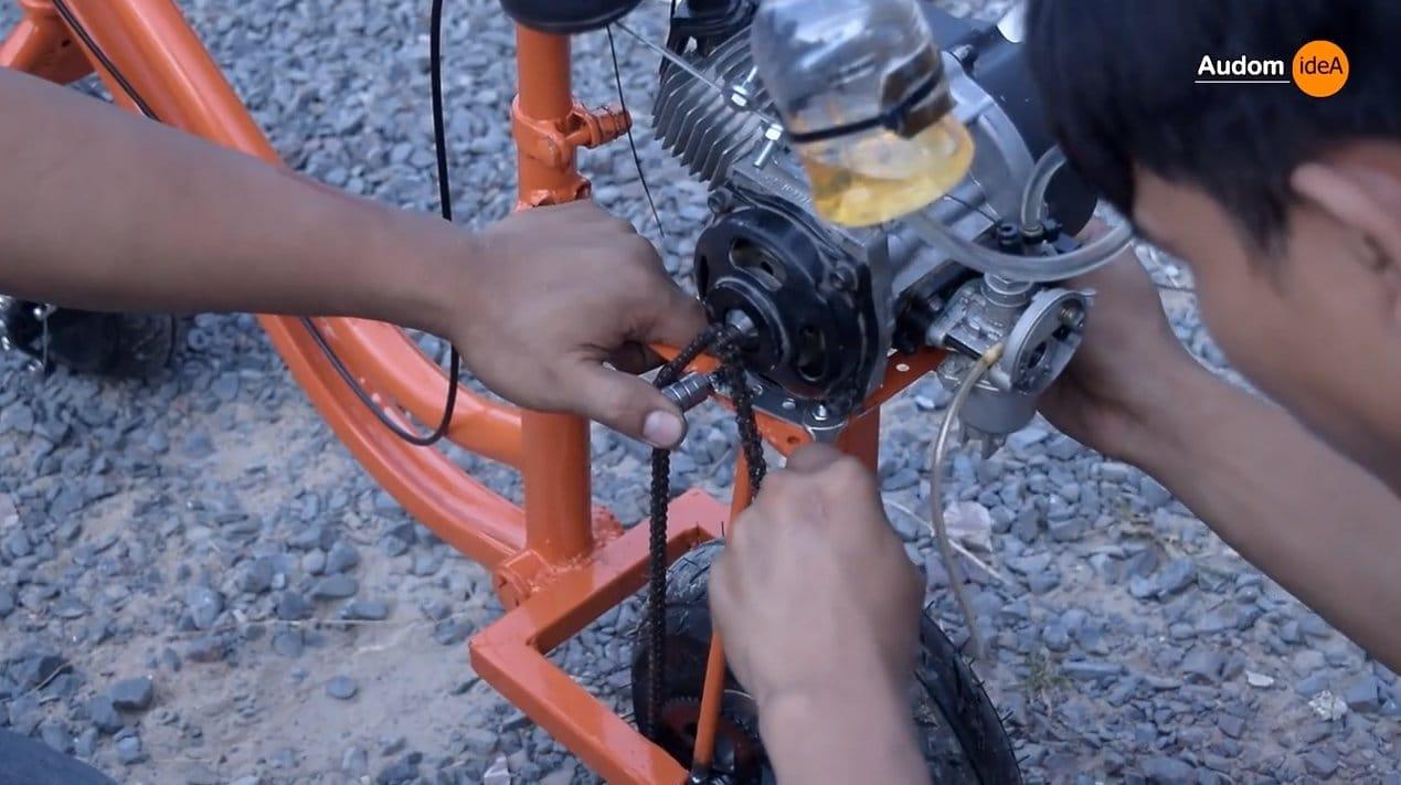Мини-мотоцикл из старого велосипеда