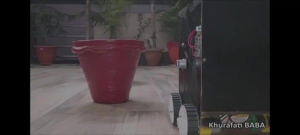 Робот для полива растений