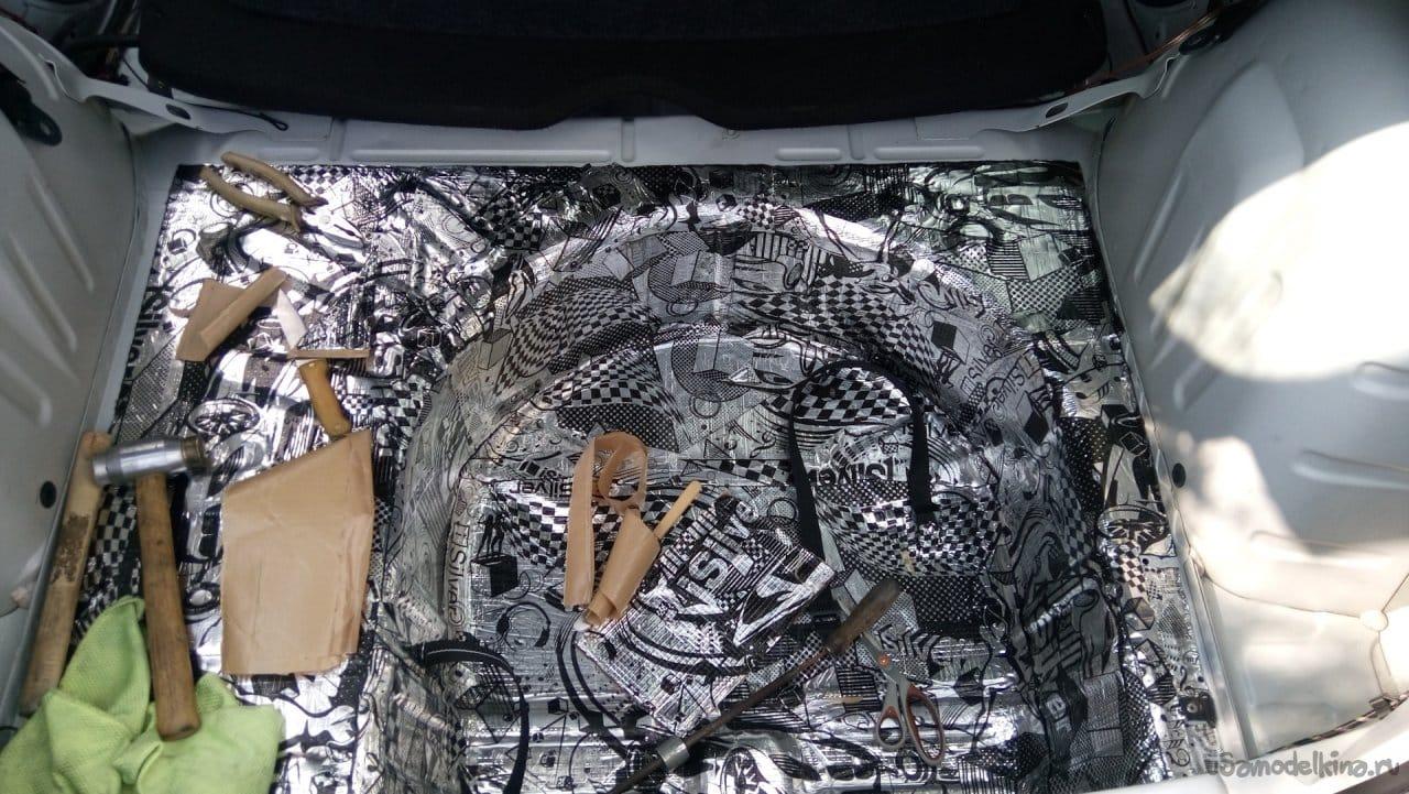 Как сделать сабвуфер в багажник! И сохранить багажное пространство!