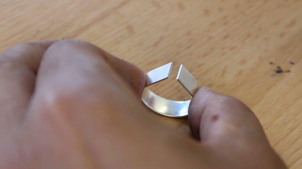 Кольцо из метеоритного железа и серебра