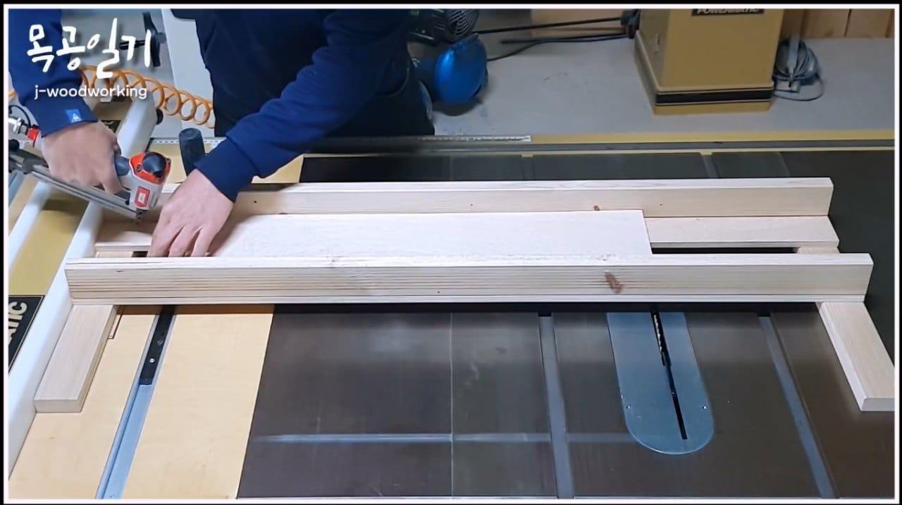 Как выровнять большие поверхности ручным фрезером
