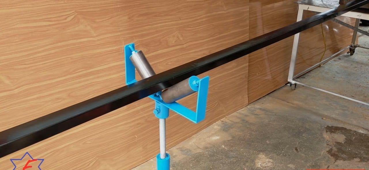 Простой винтовой подпор «рогатка», для удобной работы с длинномерами