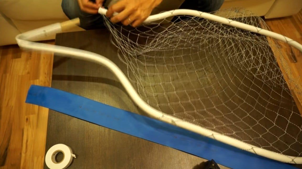 Очень простой и дешевый подсачек для рыбалки