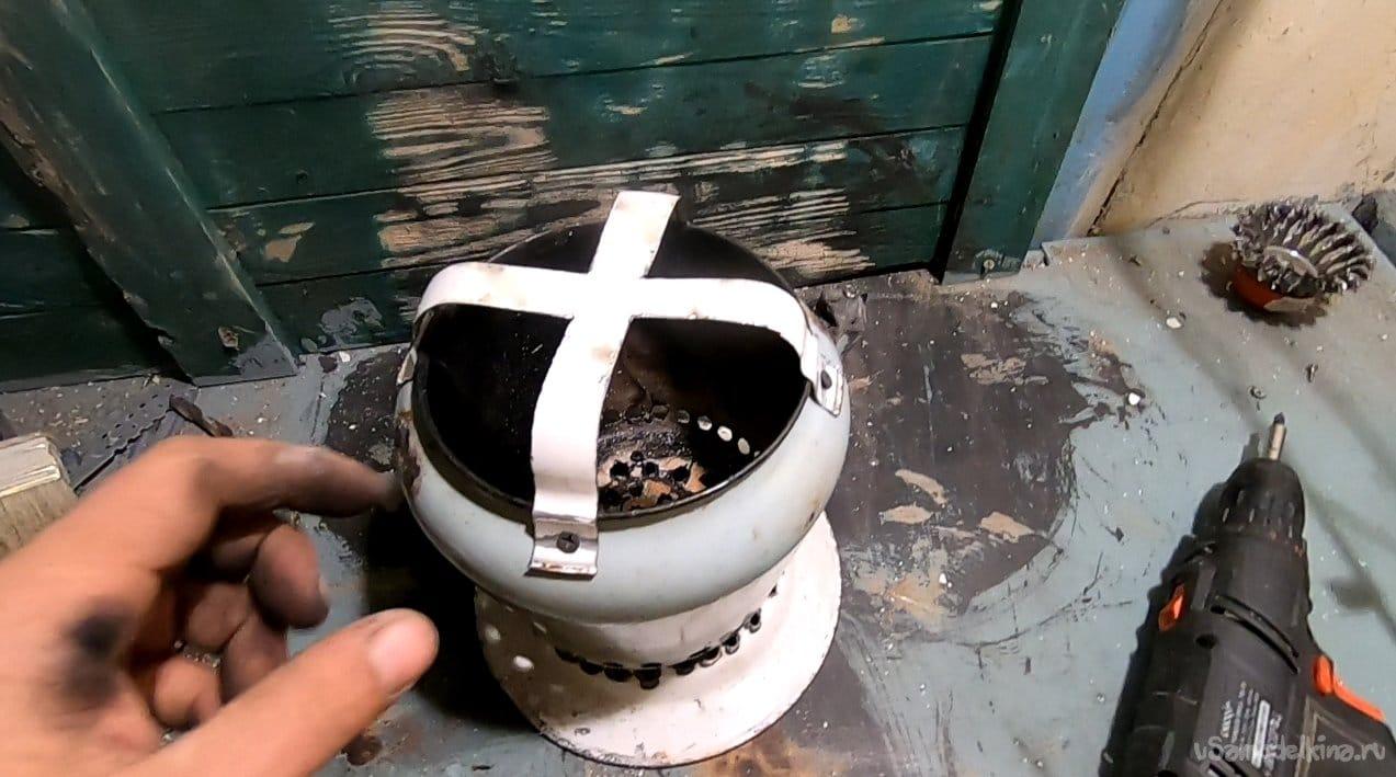 Вариант мини-печи из эмалированного чайника