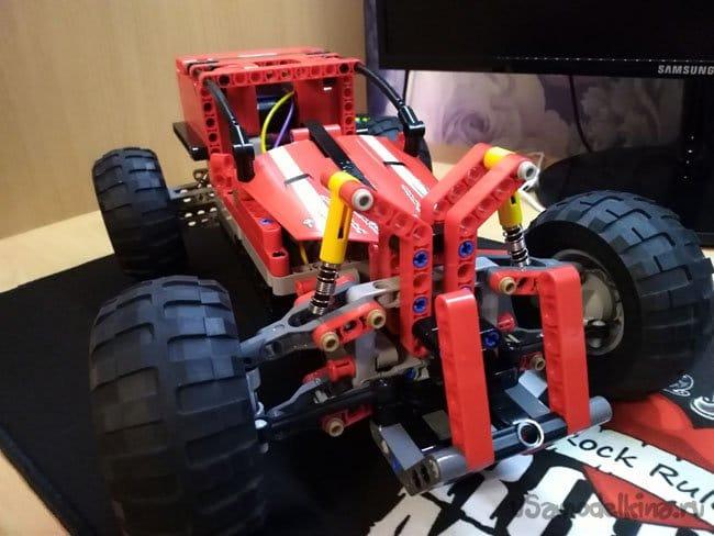 Шустрый багги с мотором от шуруповерта