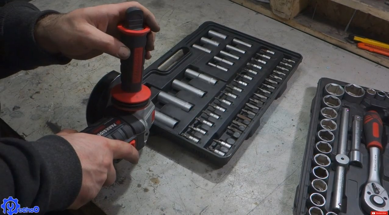 How to make a mobile toolbox