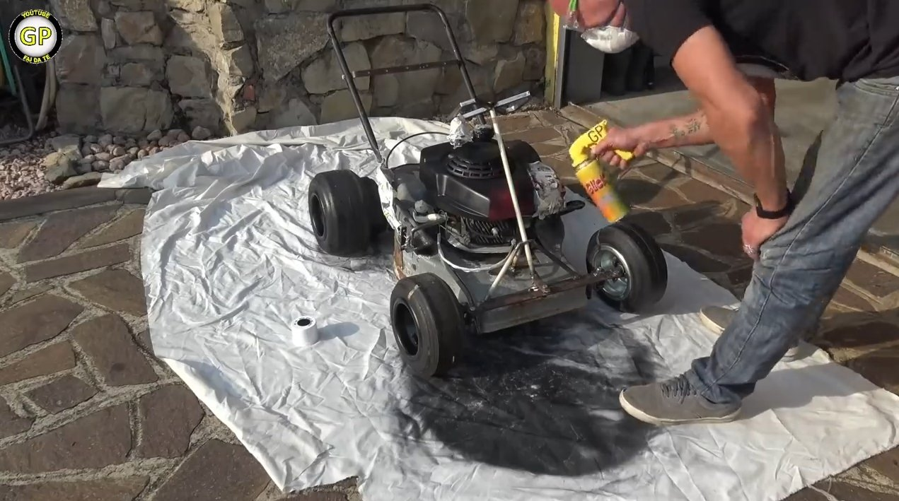 Kart for a child from the self-propelled lawn mower