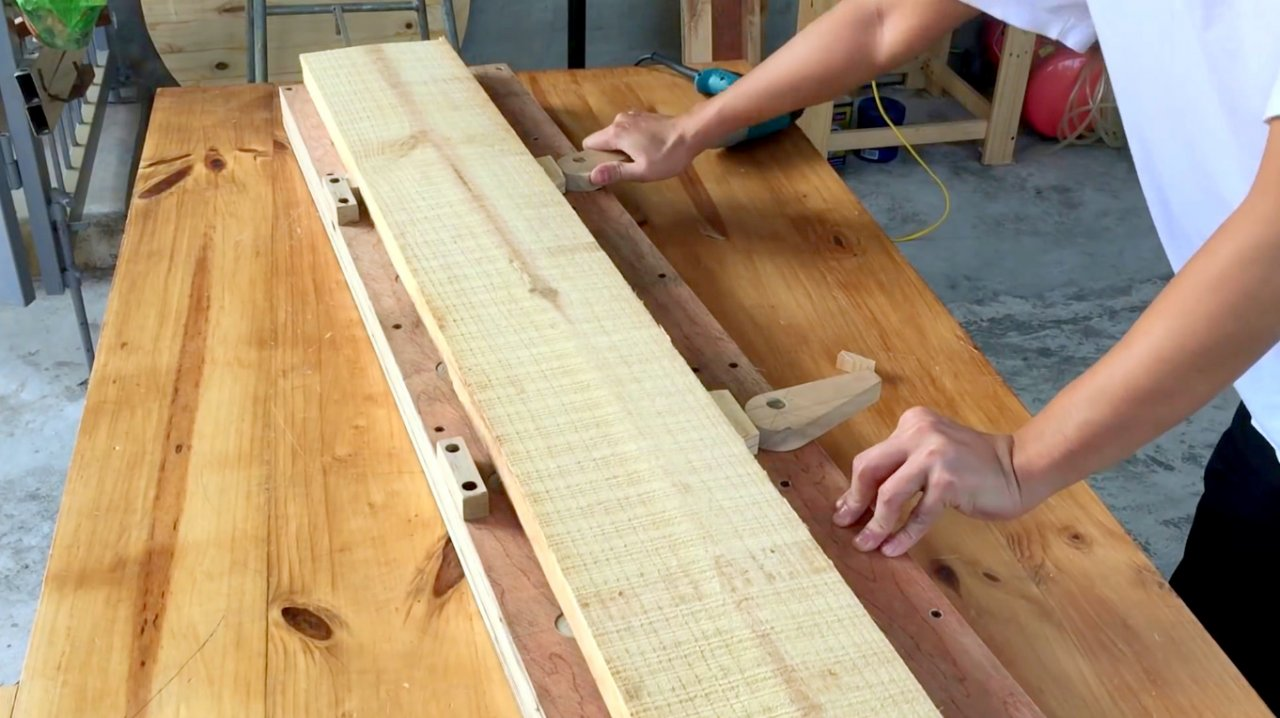 Professional do-it-yourself planer carriage