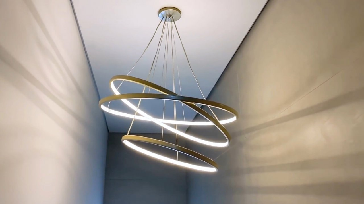 How to make an LED chandelier & laquo ; rings of Saturn & raquo;