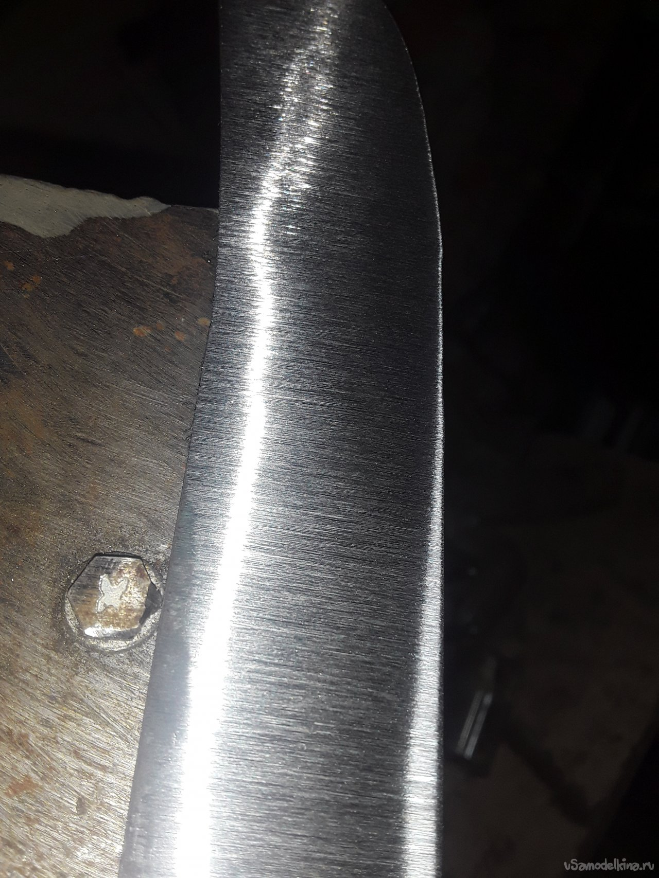 Forged knife made of spring