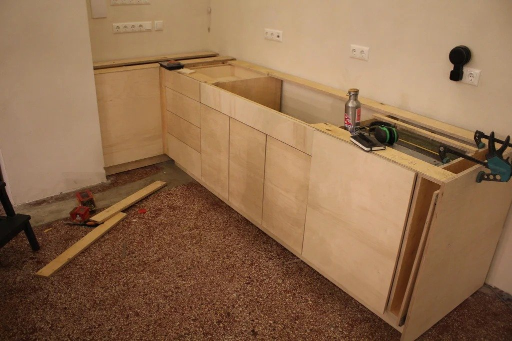 Cheap plywood kitchen + some interesting ideas